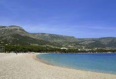 Strand der Zlatni Ratte (goldener Umhang) in Kroatien Lizenzfreie Stockfotos