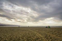 Strand efter stormen Royaltyfri Bild