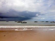 Strand en overzees op de kust van Bahia stock fotografie