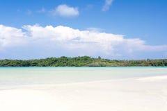 Strand en overzees in Trat stock afbeeldingen