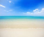 Strand en tropische overzees Royalty-vrije Stock Fotografie