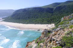 Strand entlang dem Otter-Wanderweg, Südafrika Lizenzfreies Stockfoto