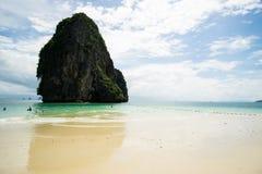 Strand för Ao Phra Nang i Railay, Tailandia arkivbilder