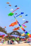 STRAND för CHA f.m. - MARS 9th: 15th Thailand internationella drakefestival Arkivfoto