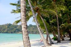 Strand för fred för soluppgång för Thailand kohkood thai Arkivbild