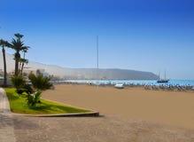 Strand för Los Cristianos i Arona södra Tenerife Arkivfoto