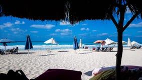 Strand för norrkust i Egypten royaltyfri bild