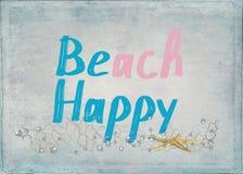 Strand gelukkige tekst met zeester Stock Foto's