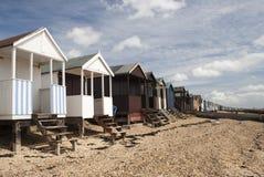 Strand-Hütten, Thorpe Schacht, Essex, England Lizenzfreies Stockbild
