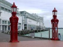 Strand: hamnportar Arkivfoto