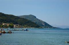 Strand in het eiland Griekenland van Korfu Royalty-vrije Stock Foto's