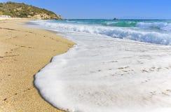 Strand in het Middellandse-Zeegebied, Griekenland Stock Foto