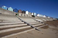 Strand-Hütten, Felixstowe, Suffolk, England Lizenzfreie Stockfotos