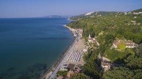 Strand i Balchik från över, Bulgarien Fotografering för Bildbyråer