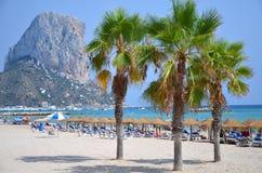 Strand i Calpe, Spanien Royaltyfria Bilder