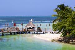 Strand i Cancun hotellområde, Mexico Arkivfoto