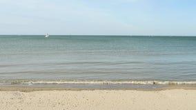Strand i Dunkirk, nordliga Frankrike stock video