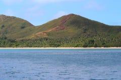 Strand i en ö av Fiji arkivbilder
