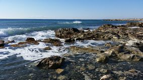 Strand i Limassol Amathounta Arkivfoton