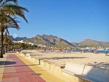 Strand i Port de Pollenca Royaltyfria Bilder
