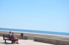 Strand i söderna av Spanien Sand, hav och himmel Arkivfoto