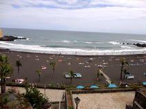 Strand i Tenerife, kanariefågelöar, Spanien Arkivbild