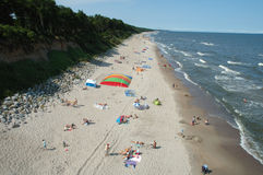 Strand i Trzesacz Polen Arkivbild