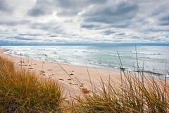 Strand im Herbst stockfotografie