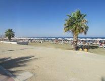 Strand in Larnaca, Cyprus stock afbeelding