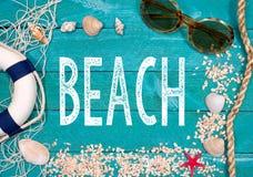 Strand lebens- frohe Feiertage stockbild