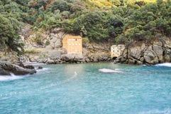 Strand-Ligurisches Meer Sans Fruttuoso Levante Mutter mit zwei Töchtern Lizenzfreie Stockfotografie