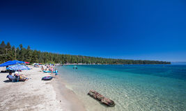 Strand in Meer Tahoe, Californië royalty-vrije stock foto