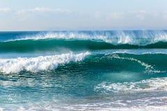 Strand-Meereswoge-Küstenlinie lizenzfreies stockfoto