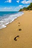 Strand Miami Playa, Spanje, zomer met blauwe hemel Stock Fotografie