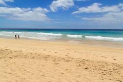 Strand in Morro Jable, Kanarische Inseln Fuerteventuras Lizenzfreie Stockfotos