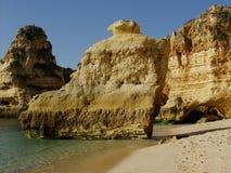 Strand nahe Carvoeiro, Algarve, Portugal Stockfotos