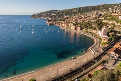 Strand nahe Monaco lizenzfreie stockbilder