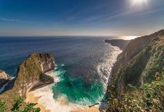 Strand Nusa Penida Indonesien Kelingking stockfotos