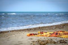 Strand och handduk Arkivbilder
