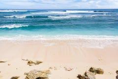 Strand och hav i södra Bali Royaltyfria Foton
