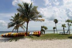 Strand och kajaker Royaltyfri Fotografi
