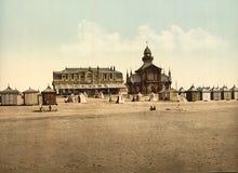 Strand och kasino, Calais, Frankrike Royaltyfri Bild