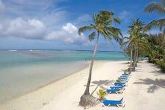Strand och lagunRarotonga kock Islands Royaltyfri Fotografi