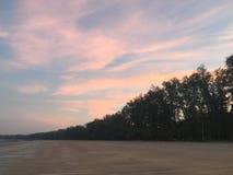 Strand och sky Royaltyfri Bild