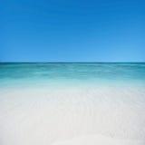 Strand och tropiskt hav Royaltyfria Foton