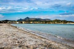 Strand op Alcudia stock afbeelding