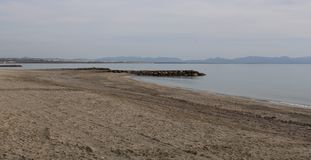 Strand op de kust van Spanje royalty-vrije stock foto's