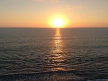 Strand Oranje Zonsondergang Stock Afbeeldingen