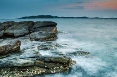 Strand på solnedgången fotografering för bildbyråer