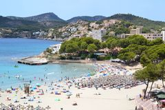 Strand in Paguera-satellietbeeld royalty-vrije stock fotografie